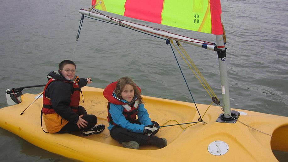 mini-catamaran-stages-vacs-scolaires-enfanits-kids-sud-morbihan