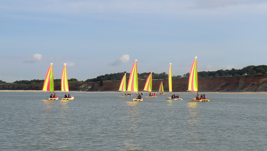 stages-enfants-mini-catamaran-morbihan