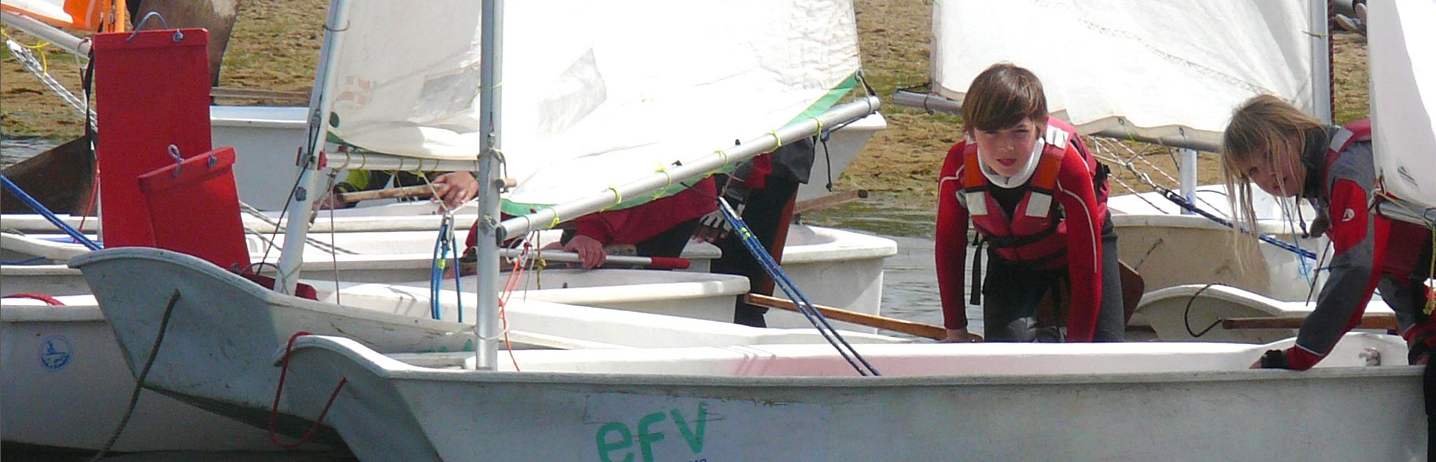 ecole de sport et voilà à l'annee au centre nautique de penestin, sud morbihan