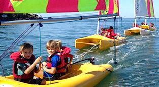funboat-stages-vacances-centre-nautique-penestin